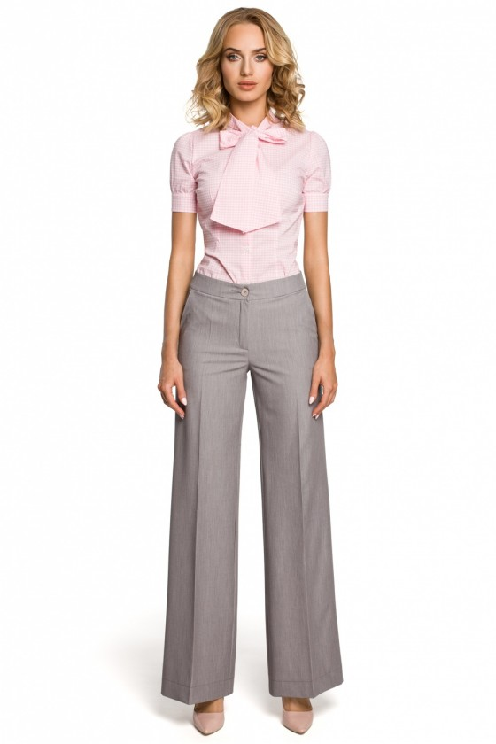 Women trousers model 102662...