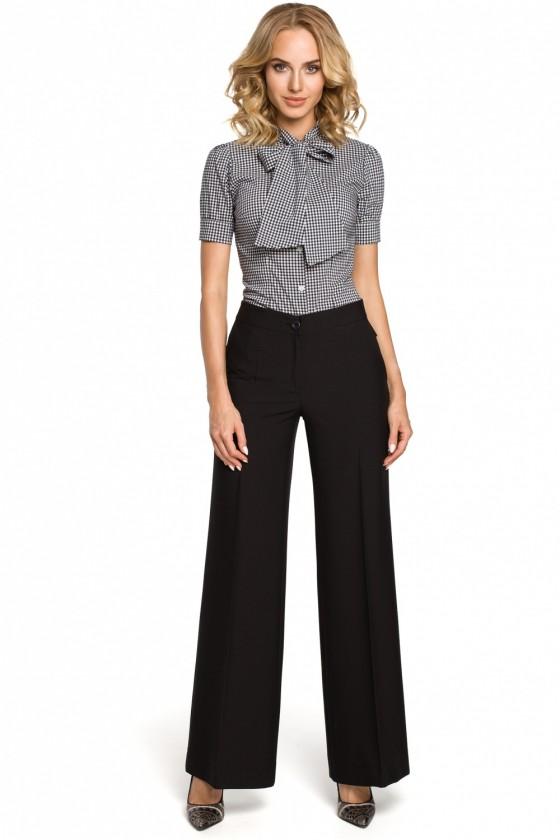 Women trousers model 102663...