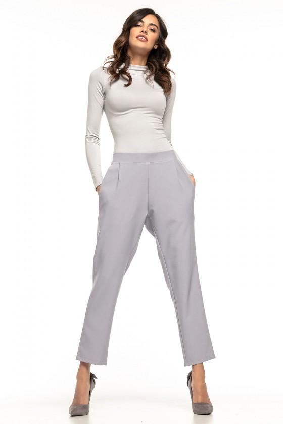 Women trousers model 127885...