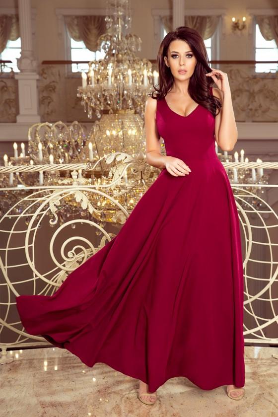 Long dress model 131669 Numoco
