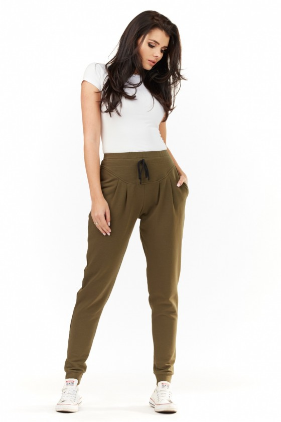 Tracksuit trousers model 109901 Infinite You