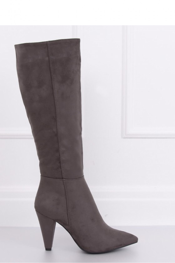 Thigh-Hight Boots model...