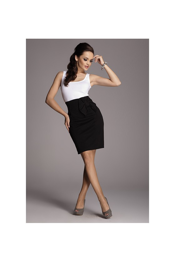 Skirt model 10139 Figl