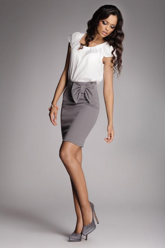 Classic skirts model 10140...