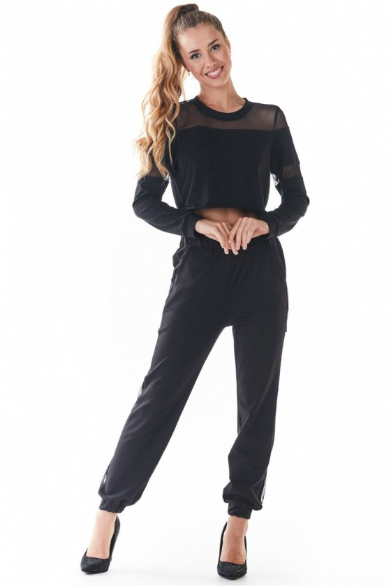 Tracksuit trousers model...