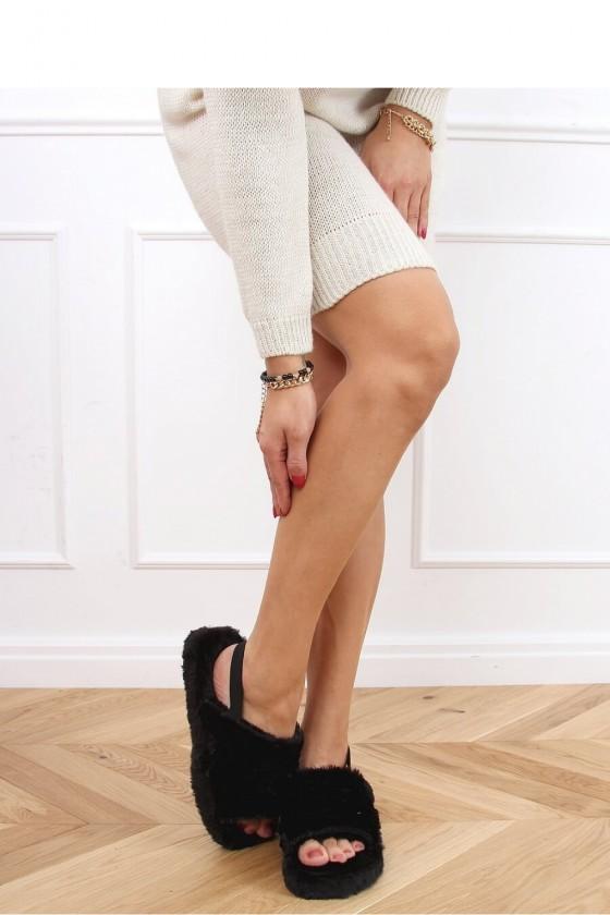 Slippers model 151950 Inello