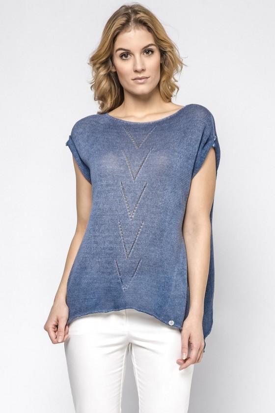 Short sleeve sweater model...