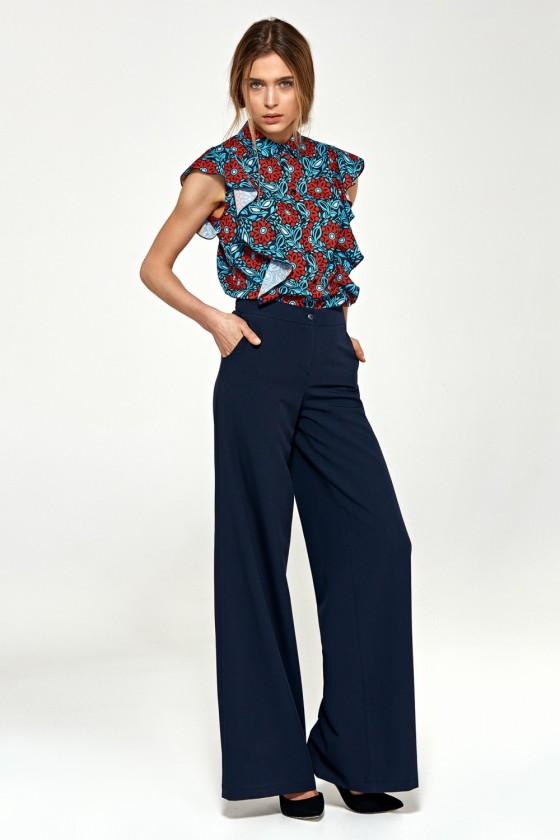 Women trousers model 118814...