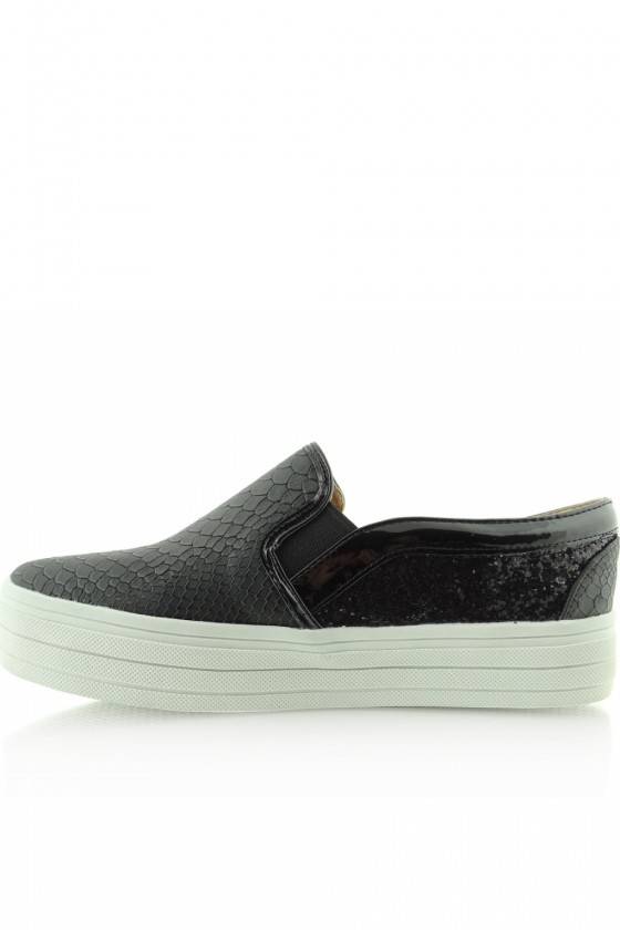 Slip-On Sneakers model 38032 Heppin