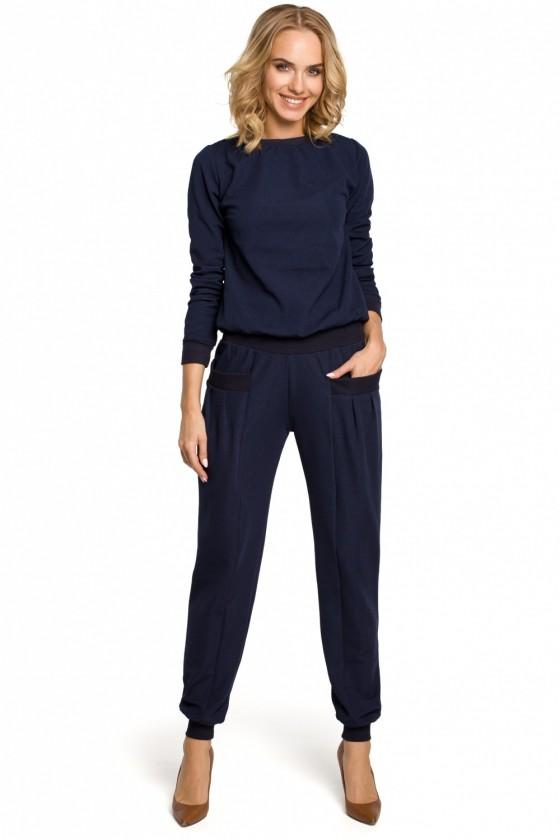 Women trousers model 102626...