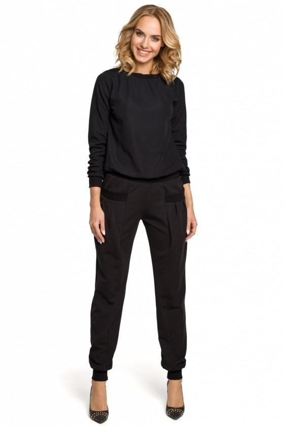 Women trousers model 102627...