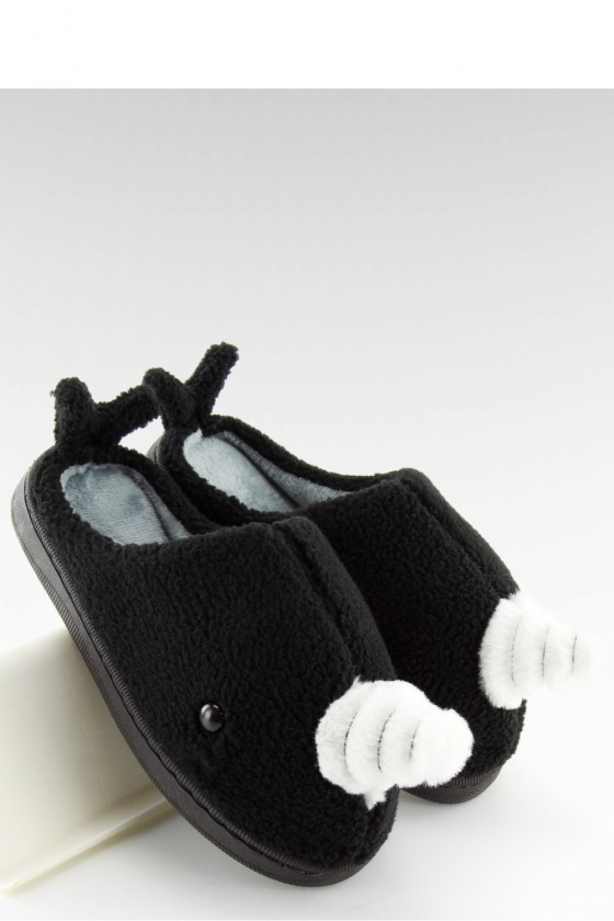 Slippers model 122902 Inello